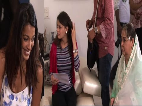 Darshan Zariwala - Actresses Mugdha Godse, Sneha Ullal and actor Darshan Zariwala were caught shooting for their upcoming film 'Bezubaan Ishq' in Mumbai, Tuesday. Watch the sce...