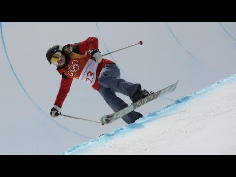 Is Hungary's Elizabeth Swaney the biggest sport of the Winter Olympics? (видео)