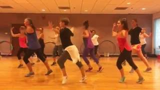 "Video ""LA VIDA ES UN CARNAVAL"" Celia Cruz - Dance Fitness Workout Valeo Club MP3, 3GP, MP4, WEBM, AVI, FLV November 2018"
