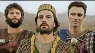 Os atores Gustavo Rodrigues, Nikolas Antunes e Sacha Bali, que dão vida aos personagens Sadraque, Abednego e Mesaque, os sábios hebreus, falaram ...