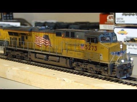 ES44AC - Athearn Genesis Union Pacific ES44AC (C45ACCTE)