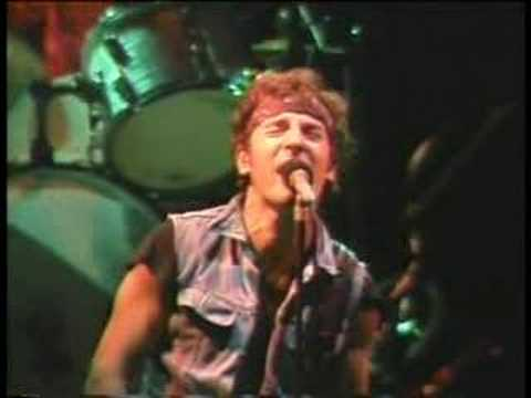 Tekst piosenki Bruce Springsteen - Backstreets po polsku