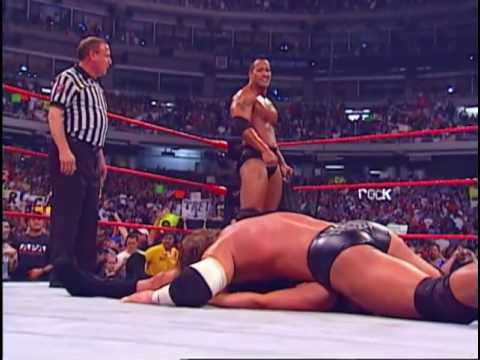 Trish Stratus Offers An Apology to Triple H