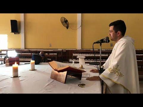 Βενεζουέλα: Με μεγάφωνα η θεία λειτουργία