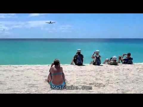 เครื่องบิน747 บินเฉี่ยวหัว!