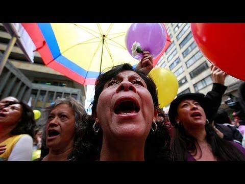 Κολομβία: Πανηγυρισμοί στην πρωτεύουσα για την ιστορική συμφωνία