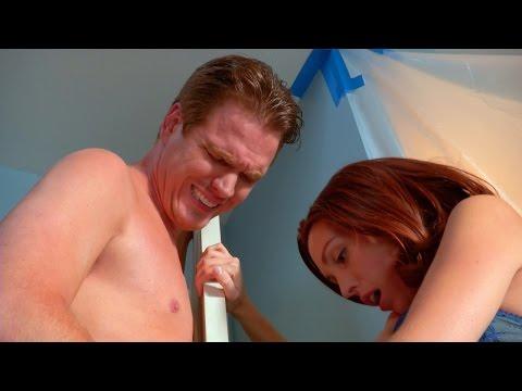 World's Most Awkward Doorknob | Sex Sent Me to the ER (видео)