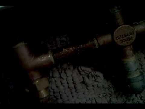 Price-Pfister Tub valve install.wmv