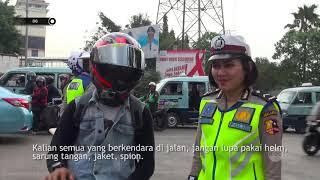 Video Yang Lain Sedang Ditilang, Pengendara Motor Ini Minta Foto Dengan Bripda Tiara MP3, 3GP, MP4, WEBM, AVI, FLV Maret 2019