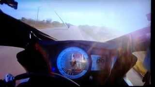 4. Suzuki gsxr 750 srad 2011 x srad gixxer 2008 top speed