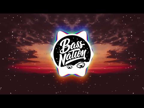 Jordan Comolli - Clash (feat. Lil Traffic)