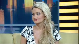 Video Holly Madison With The Real Dirt On Life In The Playboy Mansion MP3, 3GP, MP4, WEBM, AVI, FLV Juli 2019