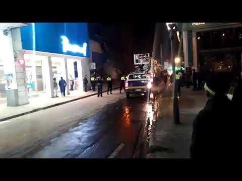 Tucumán - Alerta en el microcentro por el derrumbe de un edificio (видео)