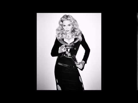 Tekst piosenki Madonna - Autotune Baby po polsku