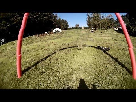 uma-corrida-de-drones-em-um-bosque