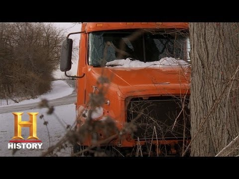 Big Rig Bounty Hunters: The Wolf Bothers Find the Wrecked Rig (S2, E7) | History