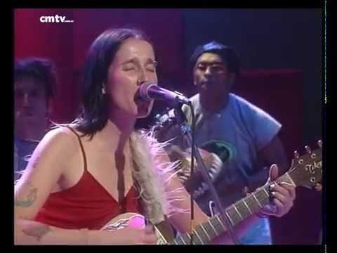 Aterciopelados video Baracuratana - CM Vivo 1997