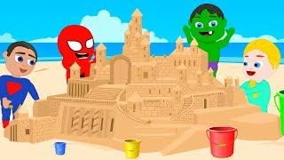 SUPERHERO BABIES MAKE GIANT SAND CASTLE ❤ Spiderman, Hulk & Frozen Elsa Play Doh Cartoons For Kids