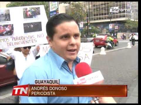 Plantón contra la agresión de periodistas durante marchas