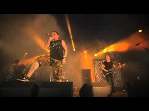 HEART OF A COWARD - Deadweight (Live at Download Festival 2013)