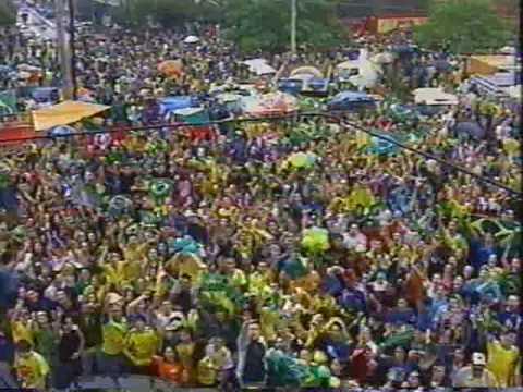Comemoração da torcida brasileira BRASIL PENTACAMPEÂO. (видео)