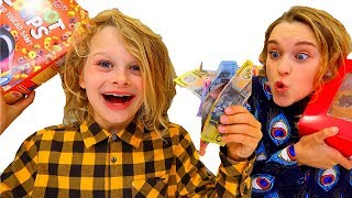 Video 4 KIDS SPEND $400 ANY WAY THEY WANT || $400 for 400K MP3, 3GP, MP4, WEBM, AVI, FLV Maret 2019
