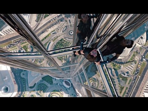 "'Climbing the Burj Khalifa' | ""Mission: Impossible - Ghost Protocol"" (2011) IMAX® 70MM"