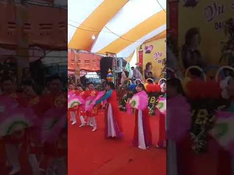 Thiên Thần Bolero Quỳnh Trang Dự Lể Du Lan Ở Chùa Giáp Lạc Tự Ở Bình Phước - Thời lượng: 3 phút, 32 giây.