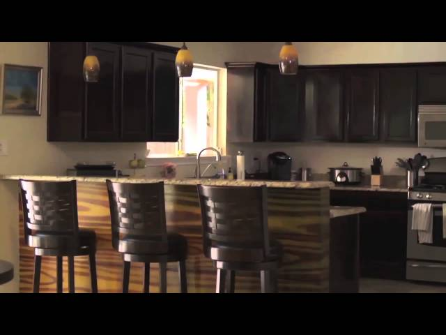 Home Staging Tips : Tidy That Kitchen