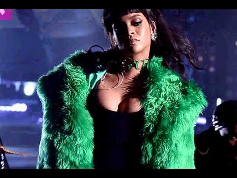 Rihanna Kills 'BBHMM' At The iHeart Radio Music Awards