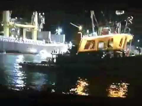 Underclassman - Trey fighting over the boat