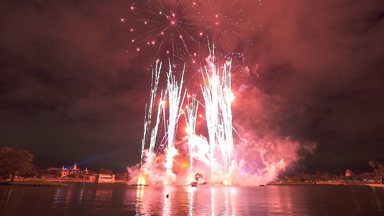 Epcot 35th Fireworks Finale