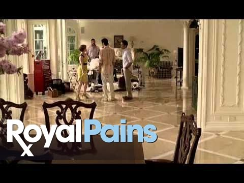 Royal Pains 2.10 (Clip 1)