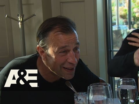 Wahlburgers: Drama Wants To Rap - No Escaping It (Season 3, Episode 5) | A&E