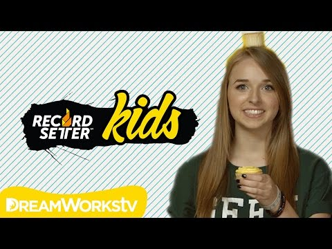 messy food - CHALLENGE JENNXPENN'S RECORD: http://rec.st/i0r6F Cupcakes -- yum! Jennxpenn shows off some awesome, messy, delicious FOOD world records, plus sets an awesom...