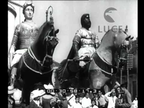 rare immagini del 1934, la processione della vara.