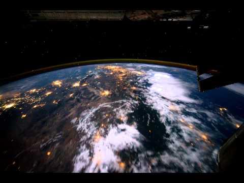 تصوير Time lapse للكرة الأرضية من الفضاء