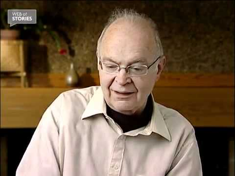 My advice to young people – Donald Knuth [video]