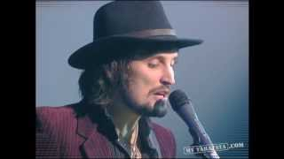"Kasabian ""Shoot the runner"" (Live Taratata Jan 2007)"