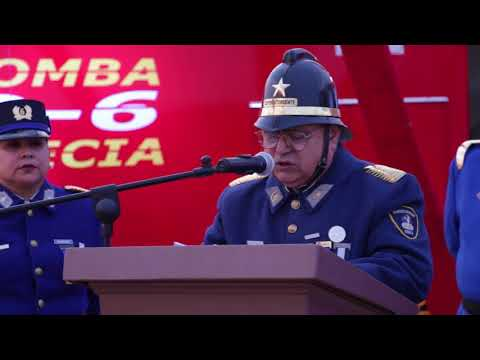 El Alcalde Carlos Cuadrado Prats, entregó un moderno carro de rescate que permitirá una mejor labor de Bomberos de la comuna.