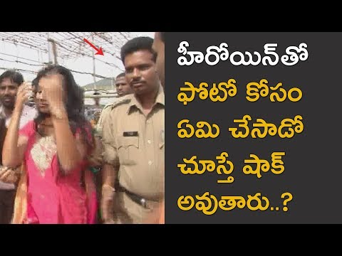 Telugu Actress Shriya Saran with her mother in Tirumala Exclusive video