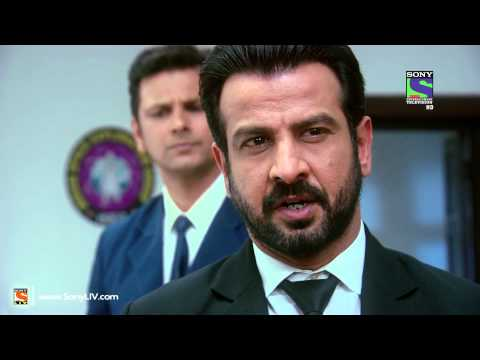 setindia - Ep 310 - Adaalat:Two female astronauts are on a mission in space, when one of them hallucinates about her mother calling out to her, loses her grip & almost ...