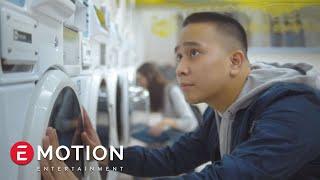 Video Ben Sihombing - Sama Sama Menunggu (Official Video) MP3, 3GP, MP4, WEBM, AVI, FLV Oktober 2017