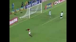 GOLAÇO DO IMPERADOR CONTRA O CORITIBA - BR 2009 INSCREVA-SE https://www.facebook.com/FlamengoLove2.0 https://twitter.com/FlamengoLove2_0.