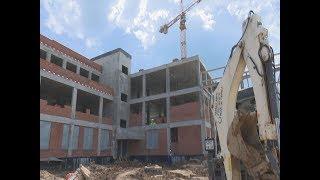 Школа строится по плану