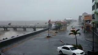 Tempestade tropical Erika provoca um rastro de estragos e prejuízos no Caribe. Na ilha de Dominica, foram muitos mortos e feridos. Nesta sexta-feira, Erika c...