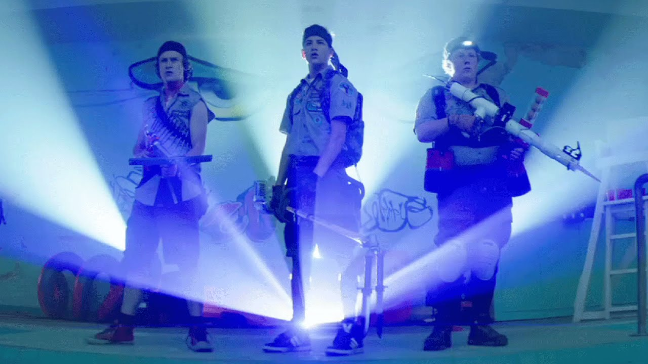 Scouts Guide to the Zombie Apocalypse - Official Red Band Trailer