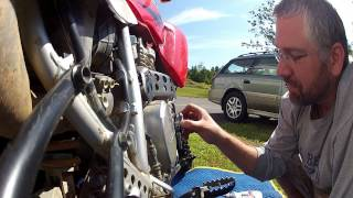 4. How To: Oil Change Honda XR650, XR650L in 3 minutes