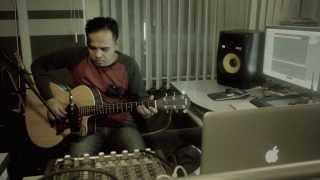 Video Jangan Pernah Berubah (ST12) - Instrumental - Acoustic Guitar - Fingerstyle - Cover MP3, 3GP, MP4, WEBM, AVI, FLV November 2018