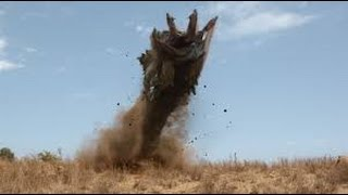 Nonton Tremors 5: Bloodlines - All African Graboids scenes in CGI Film Subtitle Indonesia Streaming Movie Download